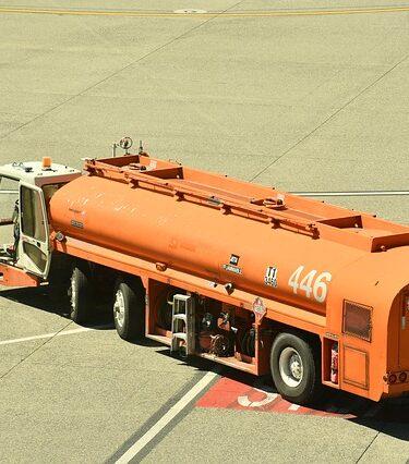 Sprzęt do dostarczania paliwa w lotnictwie